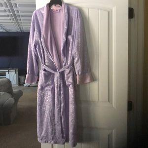 EUC Vintage VS robe